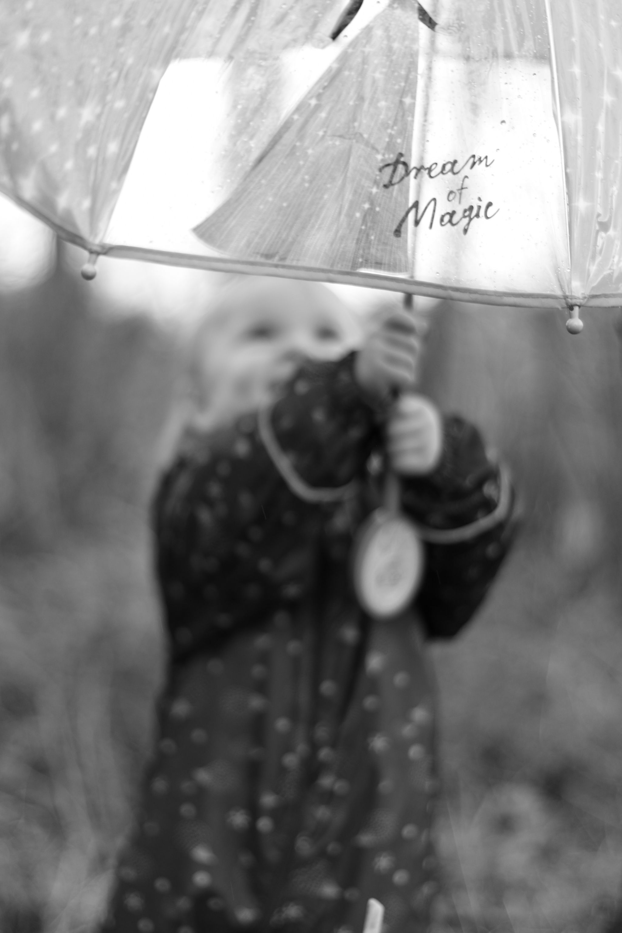 hannah layford child photography shoot portraits magic umbrella child