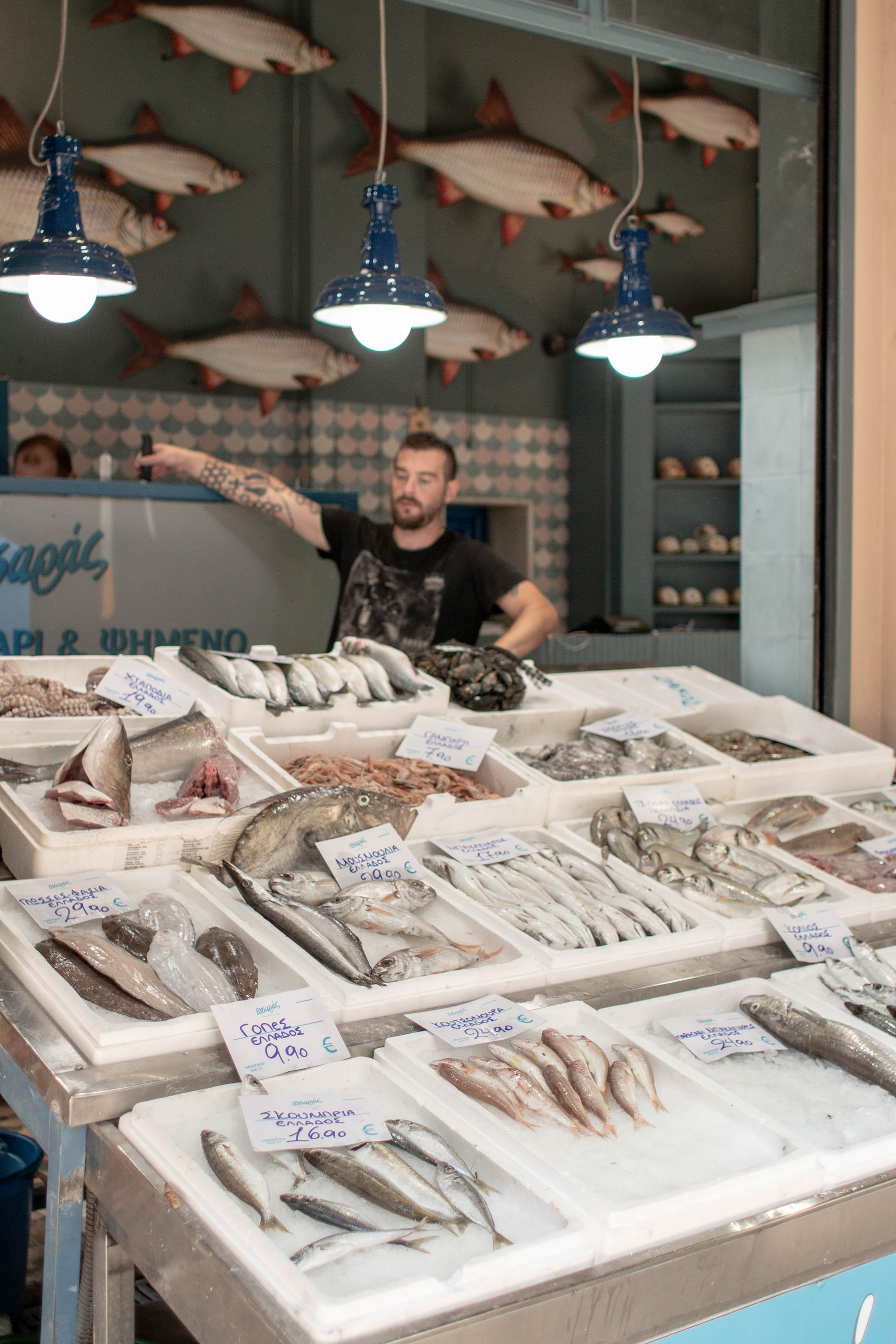 hannah layford travel photography tourist board discover greece thessaloniki fish market