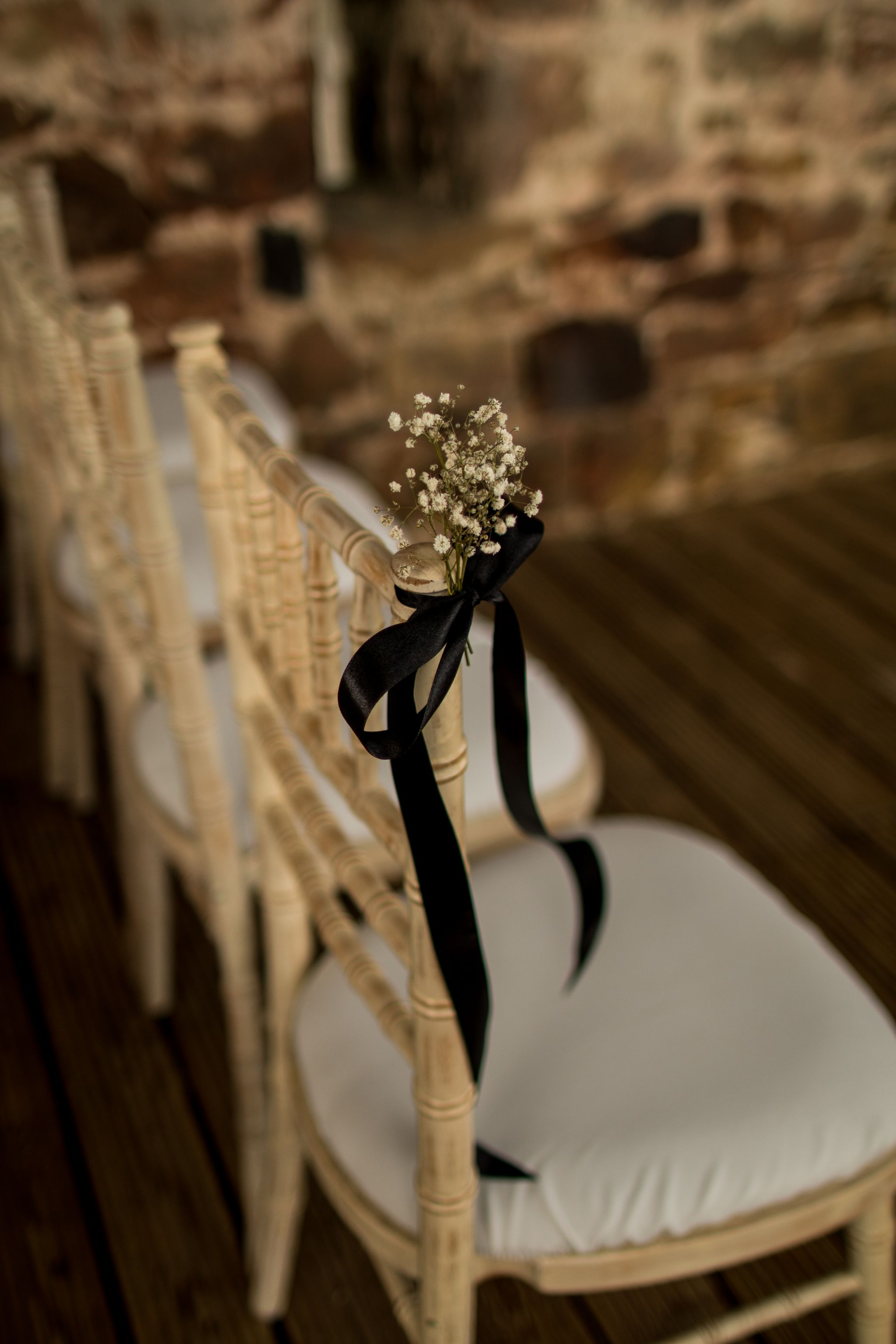 hannah layford wedding photography ceremony details chair