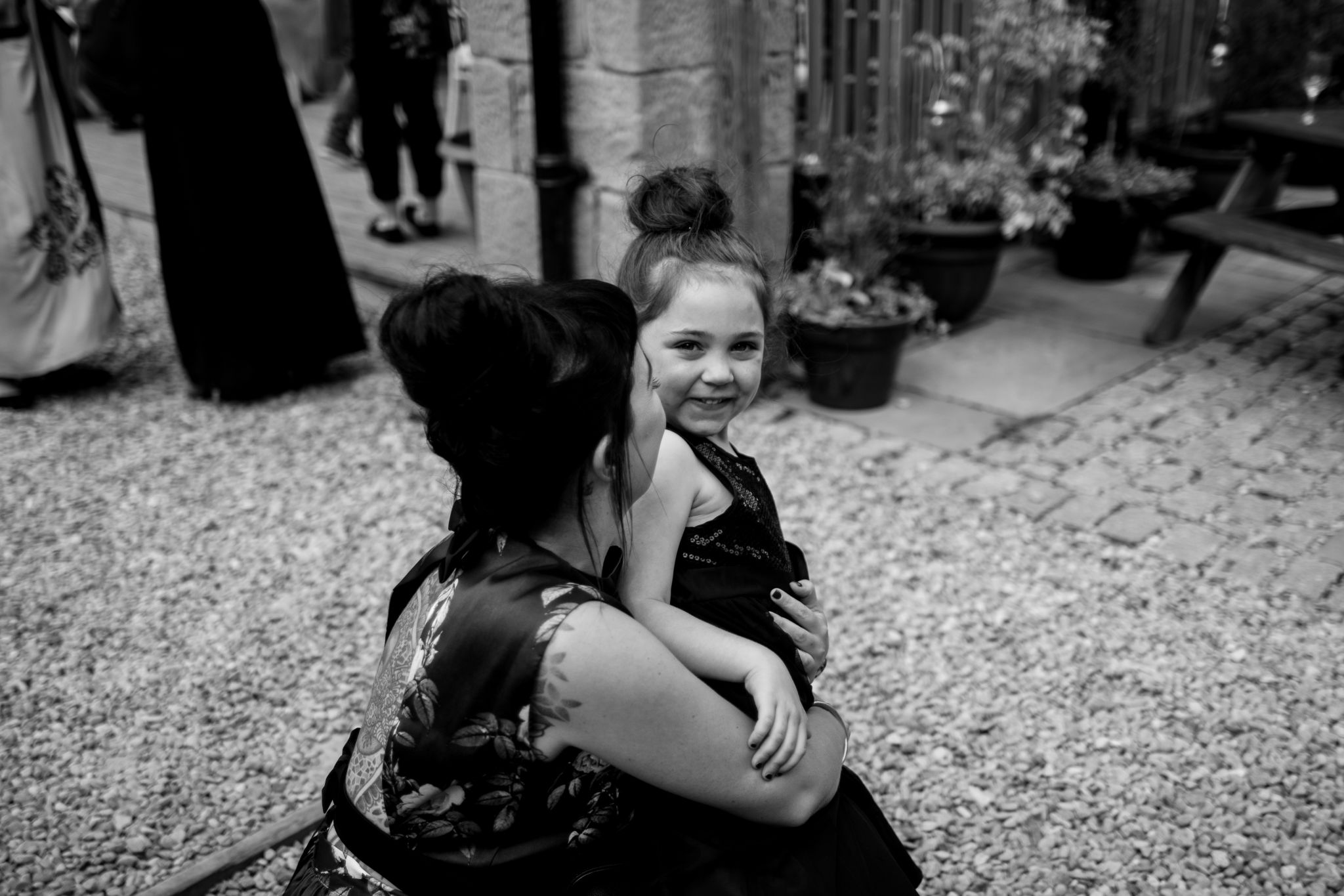 hannah layford wedding photography child smiling