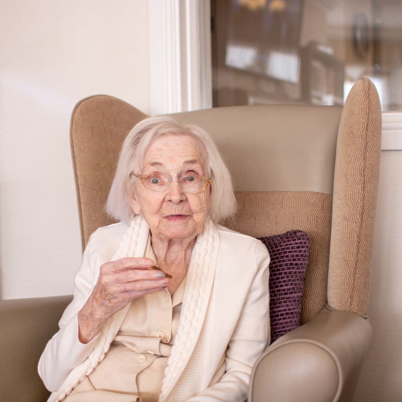 craig healthcare residents lifestyle photography hannah layford resident eating biscuit