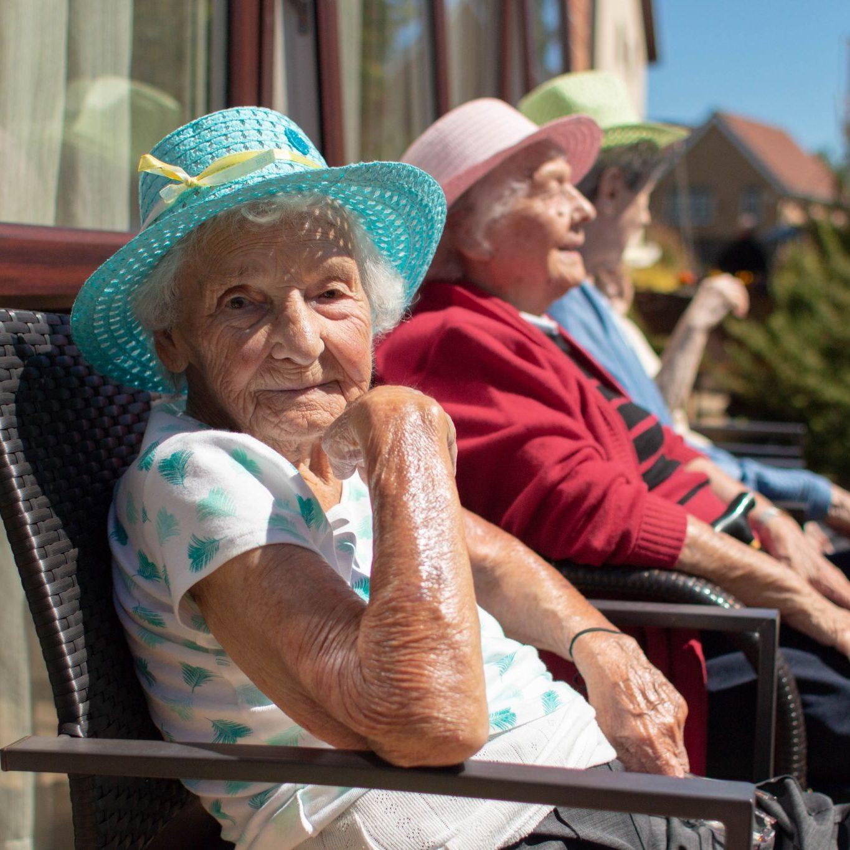 craig healthcare residents lifestyle photography hannah layford sunbathing